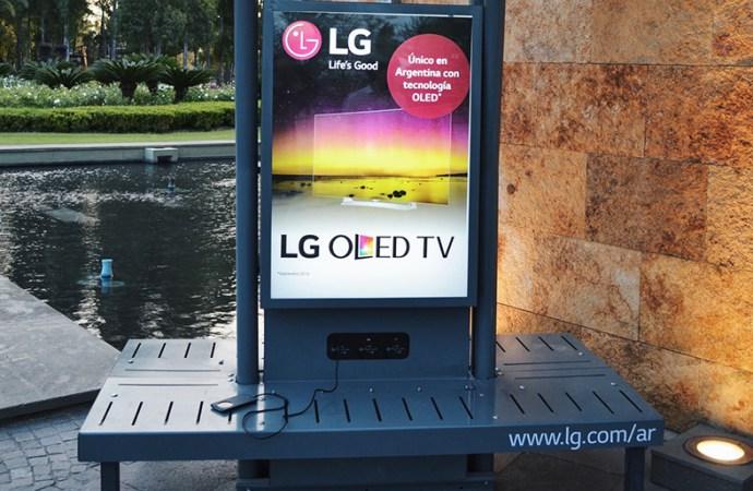 LG-Panel-solar-de-carga-USB